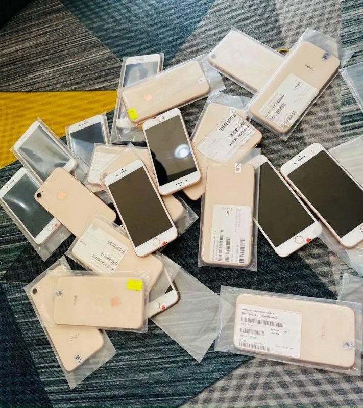 Iphone 8G 64GB